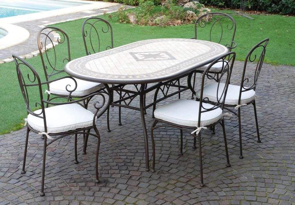 Tavolo tavoli sedie sedie poltrone ferro battuto poltrona for Tavolini da esterno in ferro